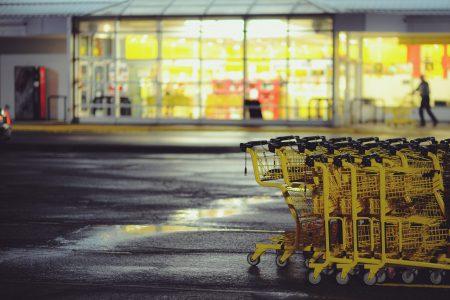 pasillo-central-del-supermercado-1